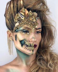 "21.9k Likes, 191 Comments - ________VANESSA DAVIS________ (@the_wigs_and_makeup_manager) on Instagram: ""ETRUSCAN Skull This makeup was originally inspired by the Etruscan necklace stuck to my…"""