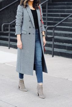 Effortless and chic Fall outfit ~ Lilly Style Office Outfits, Fall Outfits, Fashion Outfits, Casual Hijab Outfit, Casual Outfits, Coats For Women, Jackets For Women, Houndstooth Coat, Hijab Style