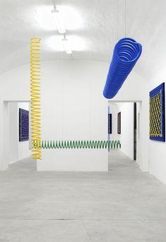 Yonatan Vinitsky at Rome's Frutta Gallery - Sight Unseen Store Design, Design Design, Graphic Design, Art Object, Installation Art, Art Direction, Sculpture Art, Contemporary Art, Gallery