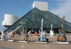 El salón de la fama del Rock and Roll fue inaugurado en 1995