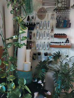 Bedroom art studio interior design 48 ideas for 2019 Art Studio Room, Art Studio Design, Art Studio At Home, Painting Studio, Home Art, Art Studio Spaces, Design Art, Graphic Design, Artist Bedroom