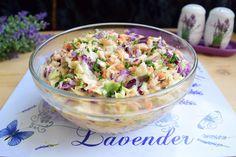 Salata de varză cu morcovi, țelină și maioneză, este printre preferatele mele, toamna când apare varza roșie. O prepar chiar și de sărbători și are mare trecere în rândul celor care o savurează. Romanian Food, Pasta Salad, Potato Salad, Potatoes, Cooking Recipes, Ethnic Recipes, Ice Cream, Cake, Salads