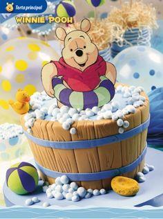 Torta Winnie Pooh  Compra el patron con las instrucciones en www.eviadigital.com y empezá ya a decorar la torta de cumpleaños
