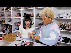 Marie Kondo Cleans Out Beauty Editors' Makeup Bags! Diy Makeup Storage, Makeup Bag Organization, Editor Makeup, Diy Makeup Palette, Affordable Makeup Brushes, Minimalist Makeup, Konmari Method, Marie Kondo, Makeup Bags