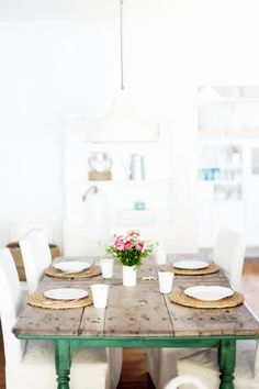 Pretty Spring Tables