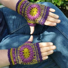 Wheel of Fortune Mittens pattern on Craftsy.com