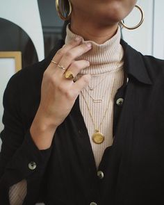 All the golden jewels we just want (Le Fashion) - # . - All the golden jewels we just want (Le Fashion) – … - Mode Outfits, Casual Outfits, Fashion Outfits, Womens Fashion, Fashion Trends, Fashion Clothes, Fresh Outfits, Fashion Jewelry, Fashion Ideas