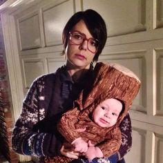 Twin Peaks Log Lady DIY Halloween Costume // www.thatswhatmomsaid.com