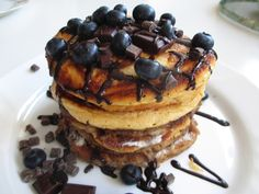 Strangeness and Charms: FOOD LOVE: pancake tower with blueberries & chocolate.
