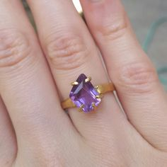 Amethyst ring by ATELIER Gaby Marcos