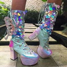 Unicorn fairy boots with holographic on them Unique Shoes, Cute Shoes, Me Too Shoes, Festival Outfits, Festival Fashion, Unicorn Fashion, Shoe Boots, Shoes Heels, Kawaii Shoes