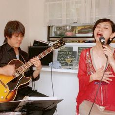 Gig at cafe mamippe with Hidechika Karasawa #guitar #vocal #cafe #chiba #concert #funk #gig #jazz #jazzvocal #vocalist #カフェ #live #ライブ #ボーカリスト #ヴォーカル #ジャズ #稲毛 #ジャズシンガー #ジャズボーカル #カフェ #かづみ #dress #JAPAN #kazumi #live #music #musician #red #sing #singer #zennheizer #ギター