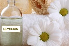 Benefits and used of glycerin for hair. How to use glycerin on your hair? Glycerin benefits for hair. Right way to use glycerin for hair. Best uses of glycerin for hair care. Holi Colors, Beauty Care, Diy Beauty, Beauty Tips, Beauty Skin, Glycerin For Hair, Sun Damaged Skin, Dull Skin, Chamomile Oil