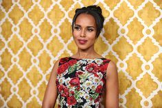 """""""I say that [I rely on a therapist] publicly because I think it's really important to take the stigma away from mental health."""" - Kerry Washington"""