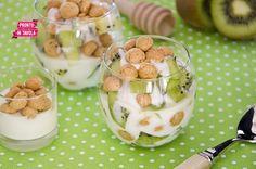 Coppette di yogurt e kiwi