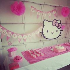 Candy Station. Candy bar. mesa de postres. mesa de dulces. fiesta Hello Kitty party