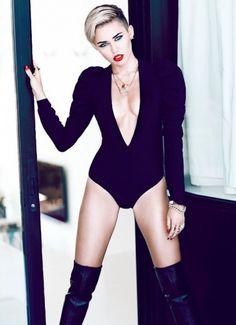 Майли Сайрус / Miley Cyrus by Chris Nicholls in Fashion Magazine november 2013 Miley Cyrus Body, Miley Cyrus 2013, Miley Cyrus Style, Miley Cyrus Short Hair, Divas, Chris Nicholls, Miley Cyrus Pictures, Barbara Walters, Tennessee