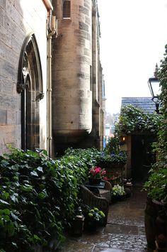 The Witchery Edinburgh Entrance © Lavender's Blue Stuart Blakley
