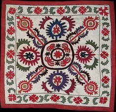 Kyrgyz Aina Khalta. Silk embroidery on cotton. Circa 1900's.