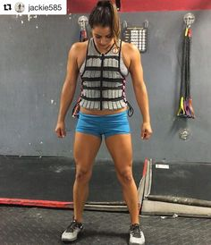 """""""It was a light workout day of just trying to sweat  some air squats and walking lunges with my Hyperwear weighted vest that I got at the games!! #csagym #crossfit #weighedvest #hyperwear #restdayish"""" -@jackie585, CrossFit Athlete #Hyperwear #HyperVestPRO #weightvest #weightvesttraining"""