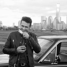 850 отметок «Нравится», 5 комментариев — All things James Franco (@francofeen) в Instagram: «James smelling his new fragrance by @coach.. #coachformen  Notes for the fresh woody fragrance…»