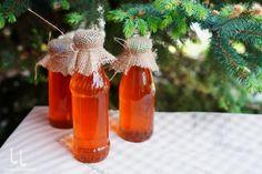 Pin, Christmas Ornaments, Holiday Decor, Antipasto, Syrup, Christmas Jewelry, Christmas Decorations, Christmas Decor