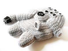 Star Wars Millennium Falcon Crochet Pattern - The Fastest Plushie Around ;)