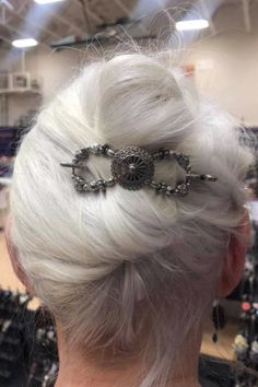 Love this Flexi clip in a silver hair French Twist hairstyle! Over 40 Hairstyles, Easy Updo Hairstyles, Evening Hairstyles, Prom Hairstyles, Long Silver Hair, Long Gray Hair, Short Hair, Gray Hair Growing Out, French Twist Hair