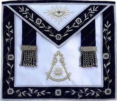 MASONIC Regalia PAST MASTER APRON BLACK CASE GOLD WITH WREATH