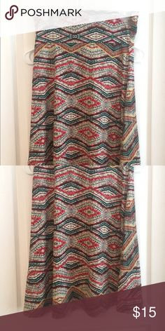 LuLaRoe Azure Skirt Beautiful LuLaRoe Azure skirt, I just don't love the style. This one is the slinky material and fits great. Gentle wear and washed per lularoe instructions. LuLaRoe Skirts