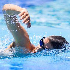 L'acqua ci è amica, non devi combatterla, condividi il suo spirito e lei ti aiuterà nel movimento. (Aleksandr Popov)