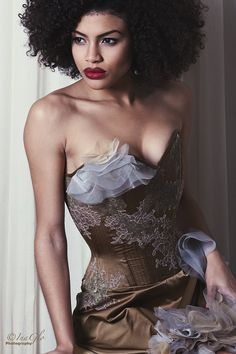 This is labeled vintage corset. It's unbelievable what went under fancy clothes in the waybacks...watch movies from the 40s to see.