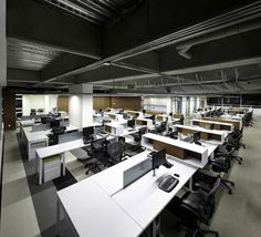Image 5 of 15 from gallery of AeI Headquarters / Arquitectura e Interiores. Photograph by Andres Valbuena