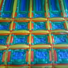 Waffle weave in plastic newspaper sleeves Weaving Textiles, Weaving Art, Loom Weaving, Hand Weaving, 1000 Projects, String Art, Recycled Materials, Honeycomb, Textile Design
