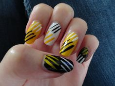 Nail Art: Nail Ideas: Yellow Nail Art
