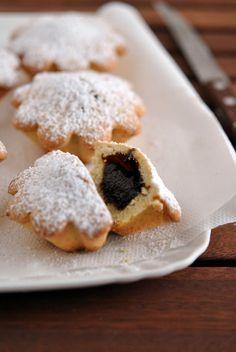 3.Bocconotti Italian Wedding Cookies, Italian Christmas Cookies, Italian Cookie Recipes, Italian Cookies, Italian Foods, Sweet Wine, Sweet Sweet, Pastry Cake, No Bake Cookies