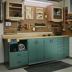 Full-Service Workbench, Part 1: Full-Service Workbench, Part 1 Woodworking Plan from WOOD Magazine #woodworkingplans