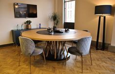 The meeting room! Our stunning master piece to help @diva_agency keep those creative ideas flowing around the globe. Oak legs, oak circumference with a @richlite centre and finished with @osmo_uk ... Very happy!