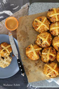 hot cross buns Hot Cross Buns