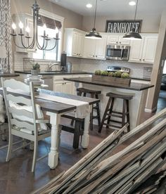 I love the neutral look of this farmhouse kitchen!