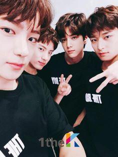 Hyunjae, Eric, Younghoon and Juyeon Webtoon Korean, Hyun Jae, Social Projects, Korean Boy, Star Awards, K Pop Star, Lifestyle Quotes, Light Of My Life, Read News