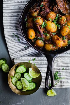 Bengali Aloo Dum (Spiced Baby Potatoes) is a hearty breakfast perfect for weekend and festive season. It has the flavor of warm spices without the heat! Bengali Food, Dutch Oven Cooking, Mashed Avocado, Baby Potatoes, Breakfast Potatoes, Dessert For Dinner, Indian Dishes, Indian Food Recipes, Vegan Vegetarian