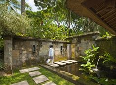 garden water wall | Como Shambhala Estate Bali- water feature garden pond stone wall