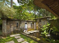 Top Como Shambhala Estate as a Stunning Bali Retreat Concept Idea: Awesome Balinese Garden Small Pond Como Shambhala Estate Bali ~ mybutteryfly.com Idea Inspiration