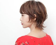 Ways to maximise your idea hairstyles for short hair Very Short Hair, Short Hair With Layers, Layered Hair, Teen Hairstyles, Creative Hairstyles, Short Bob Hairstyles, Mullet Haircut, Mullet Hairstyle, Hair Color And Cut