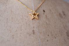 vintage gold star necklace