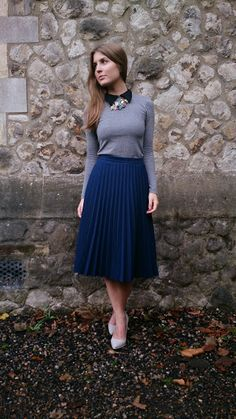 Style Trunk: Outfit: collared top and pleated midi skirt