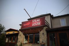 Lubicie steaki? Znamy miejsce gdzie serwują pyszne, restauracja Steak House w Szczyrku.
