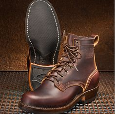 "The Natural Born Boot…IN STOCK! All sizes listed are in stock This boot has evolved from our workhorse ""Ranger"" line and is handcrafted with the same quality. Red Wing Boots, Botas Red Wing, Buy Shoes, Men's Shoes, Shoe Boots, Born Boots, Fashion Boots, Mens Fashion, Gentleman Shoes"