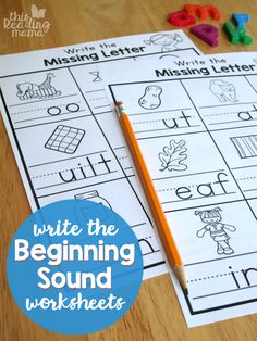 Write the Beginning Sound Worksheets {FREE} - This Reading Mama Beginning Sounds Kindergarten, Beginning Sounds Worksheets, Homeschool Kindergarten, Kindergarten Reading, Preschool Learning, Teaching Reading, Homeschooling, Preschool Ideas, Kindergarten Christmas